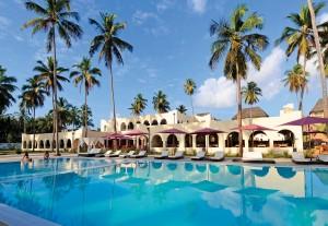 Zanzibar-pool-palms11