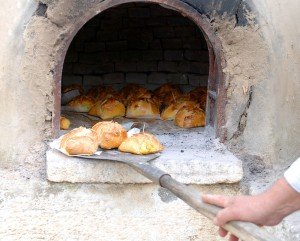 Paphos-Easter-Bread1