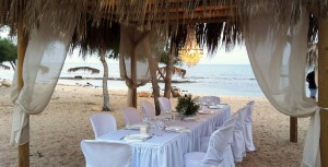 Thalassines-dinner-on-the-Beach1