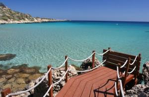 Turquoise-water-of-Cyprus-island11