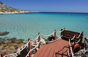Turquoise-water-of-Cyprus-island2