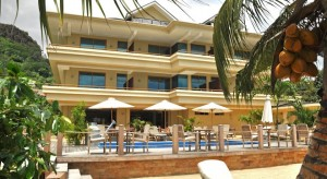 Crown-Beach-Hotel1