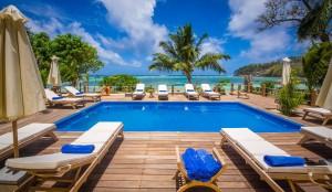 The-Pool-Crown-Beach-Hotel-Seychelles2