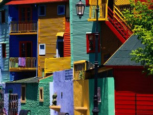 Colorful-houses-Buenos-Aires-Argentina-11