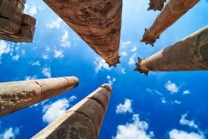 Pillars-at-Jerash1