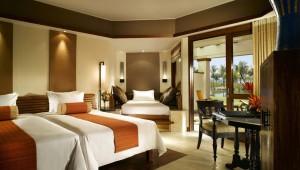 Room-Grand-Twin1