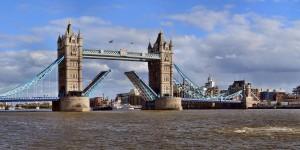 The-Tower-Bridge-Panorama1