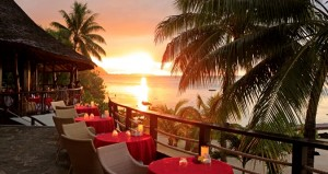 Hilton-Moorea-dinner1