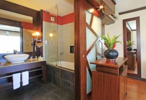 Pearl-Beach-tahiti-bathroom2