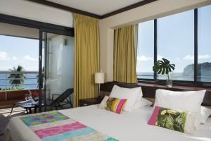 Pearl-Beach-tahiti-deluxe-bedroom2