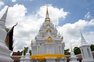 Phra-Borom-That-Chaiya11