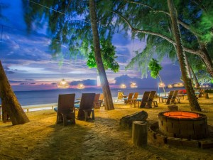 Dusit-Thani-Krabi-Night-at-the-Beach1