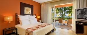 Victoria-Beachcomber-Room1